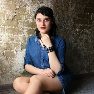 AdrianaMelody from livejasmin