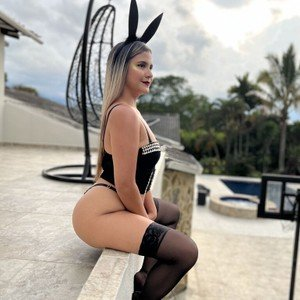 AndreaDiLucca from livejasmin