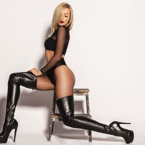 Annelyce from livejasmin