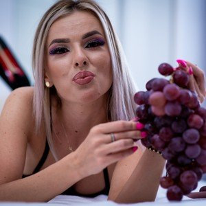 AprilChasse from livejasmin