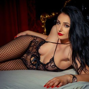 KarinaWeavey from livejasmin