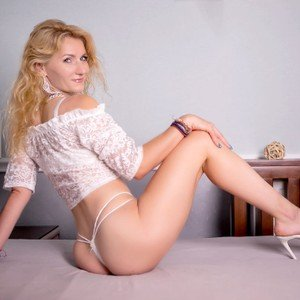 MariahMayden from livejasmin