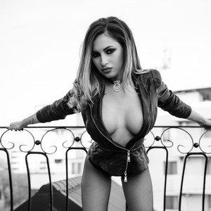 RachelBloomX from livejasmin