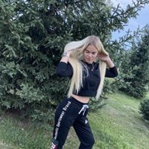 BlondOlga from bongacams