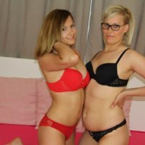 JackpotDuo from bongacams