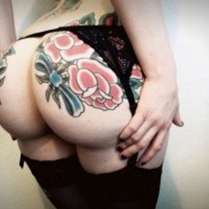 KiraaaFox from bongacams