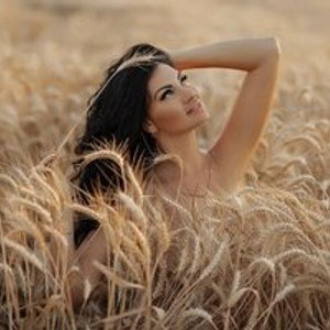 Madelynn from bongacams