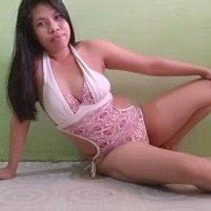 Richelle from bongacams