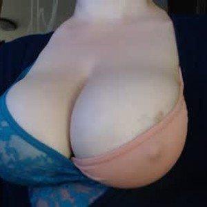amorelara's profile picture