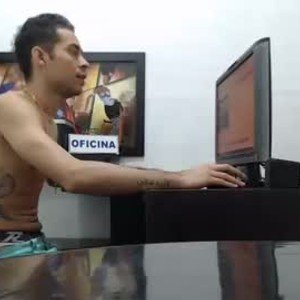 andy_bigcock_ from chaturbate