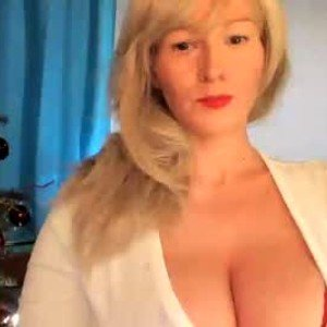 blowjobjosie from chaturbate