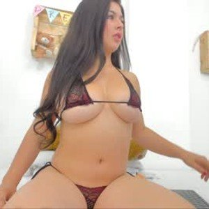 emelin_ from chaturbate