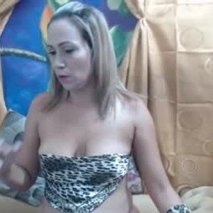erickisback3 from chaturbate