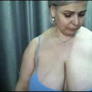 evacristal from chaturbate