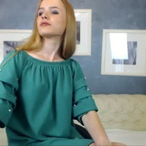 foxxie_ema from chaturbate