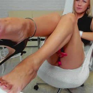 girl_from_russia from chaturbate