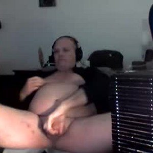 goldyguy011 from chaturbate
