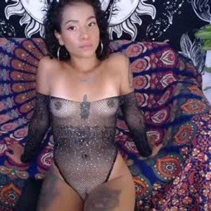 juanitarcoiris from chaturbate