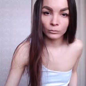 lucy_lew from chaturbate