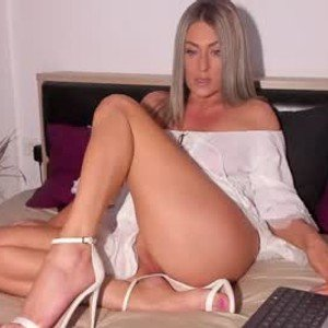 madellinne from chaturbate