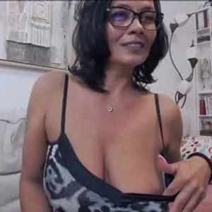 mamasitasexy79 from chaturbate