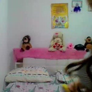 michelle_sexyy from chaturbate
