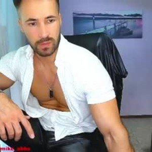 mikestrip from chaturbate