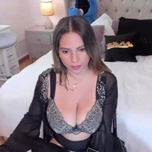 missniley24 from chaturbate