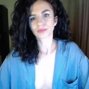 mysteriousmia from chaturbate