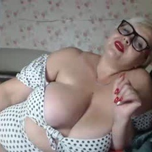 nika_sexy_ass from chaturbate