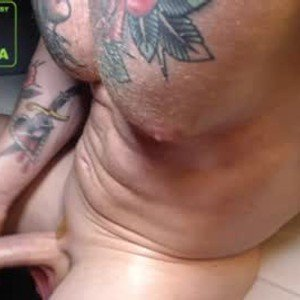rosemusclecali from chaturbate