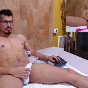 roy_hard from chaturbate