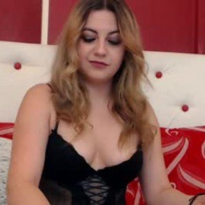 sarahbond from chaturbate