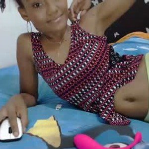 sexylittlelovedoll from chaturbate