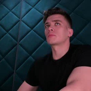sultryandrew from chaturbate