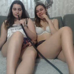 sweet_twins20 from chaturbate