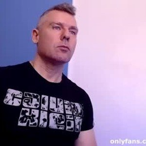 tomfoxcam from chaturbate