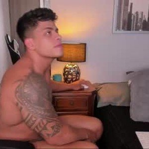 tyler_muscle from chaturbate