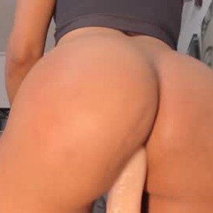 unforgettable_stephania from chaturbate