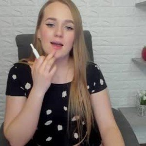 whitte__angel from chaturbate