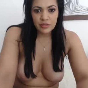 yamile_pineda from chaturbate