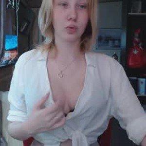 yulliasse from chaturbate