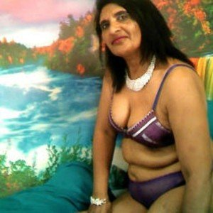 Indianmilf1 from imlive