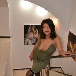Jelenavoya from imlive