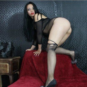 DollSlaveSquirts from imlive