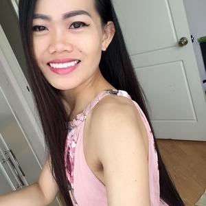 AprilAsian from myfreecams