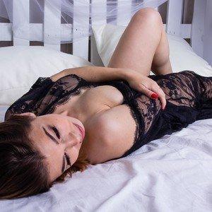Karolina___ from myfreecams