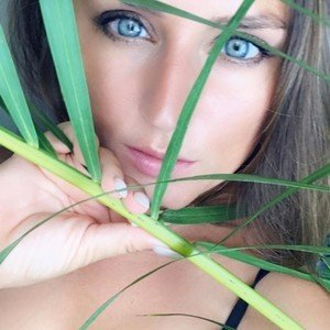 Foxy_Woman from myfreecams