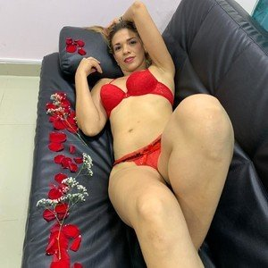 Nicolehorny69 from myfreecams