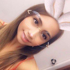 Paulina_rua from myfreecams